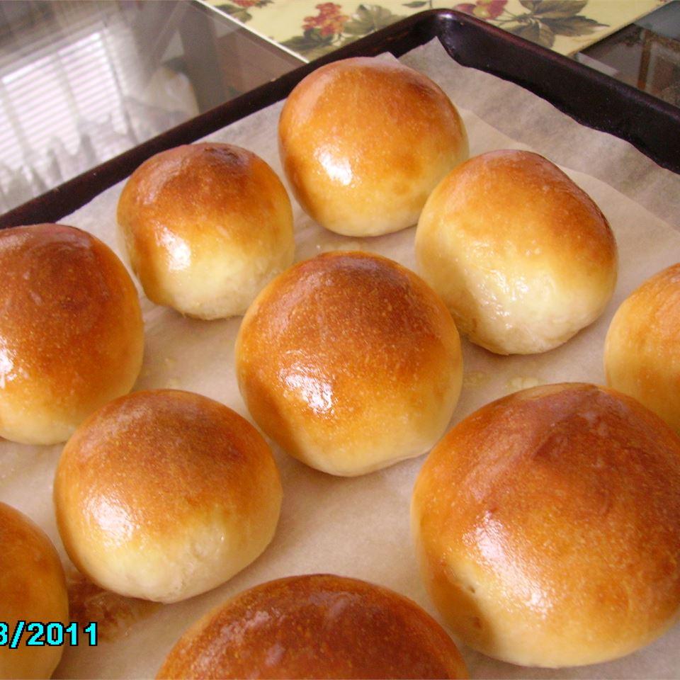 Uncle White's Bread Machine Rolls Christina