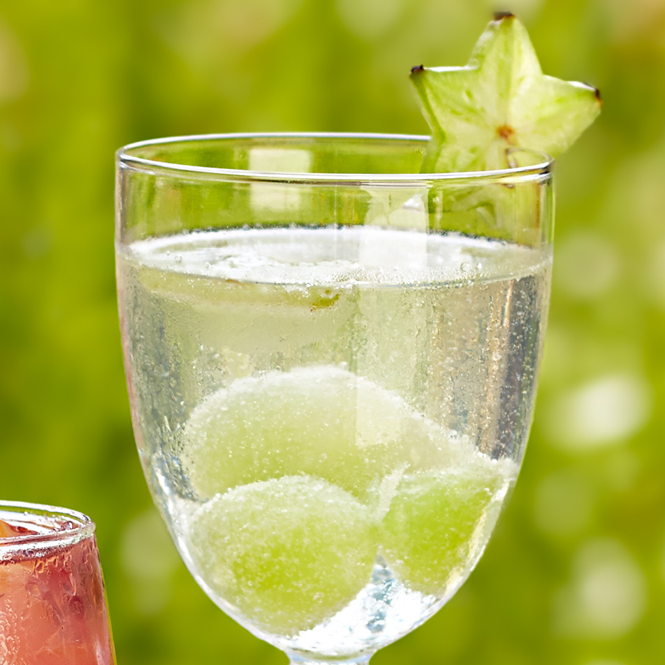 Frozen honeydew balls and thinly sliced starfruit are a perfect combination when mixed with sweet white wine, grape juice and club soda in this refreshing cocktail. Source: Diabetic Living Magazine