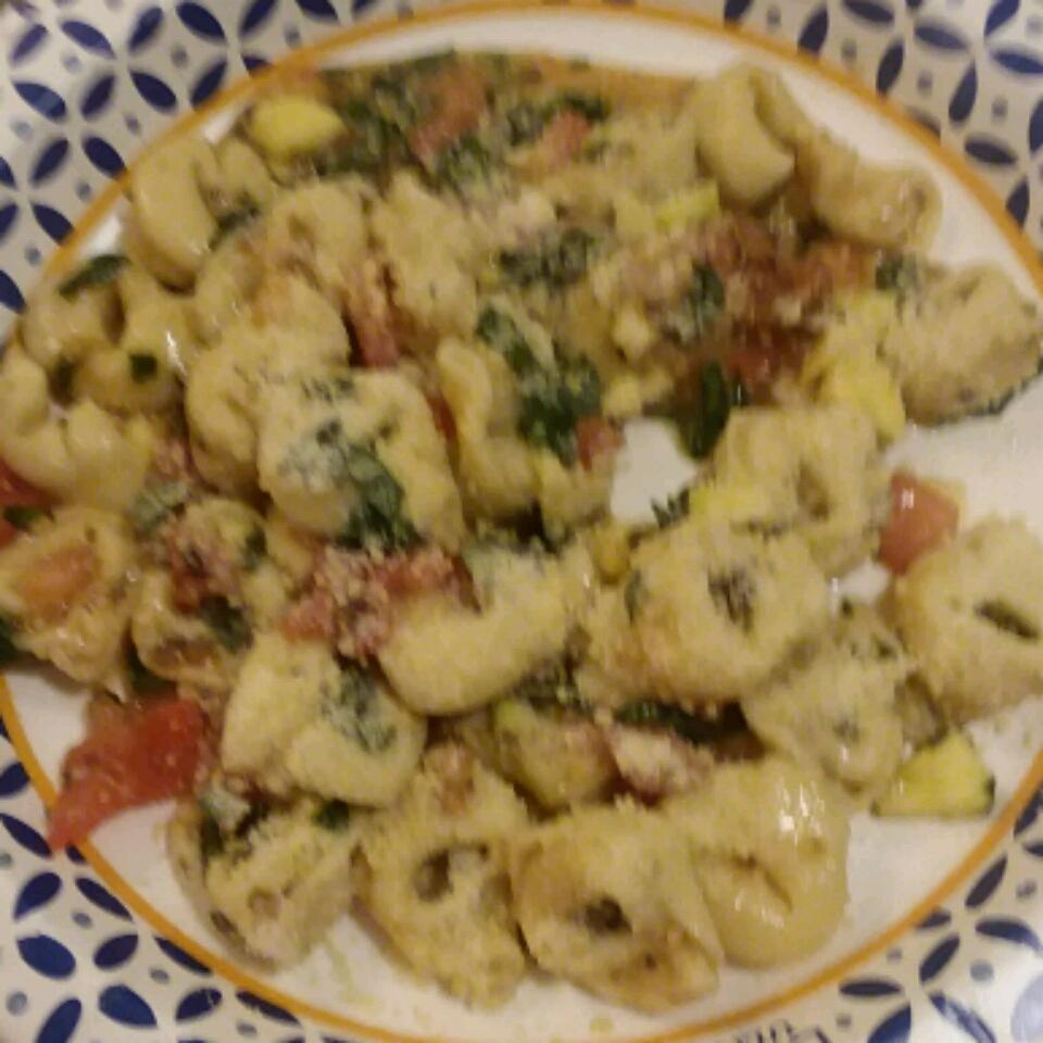 Spinach and Tortellini Salad Sandra J Lacey Rzeszutko