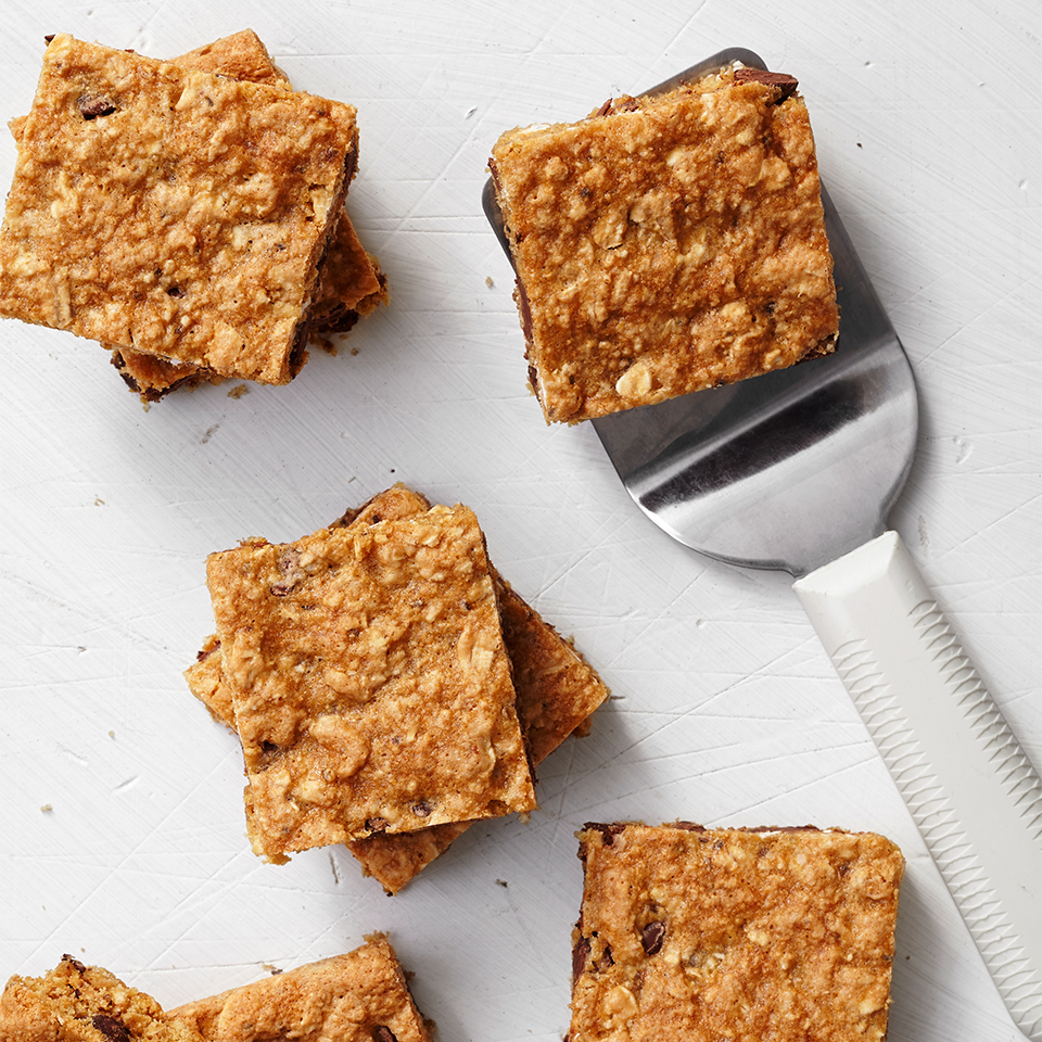 Full of oats, chocolate chips and chia seeds, these oatmeal bars are perfect for an on-the-go snack. Source: Diabetic Living Magazine