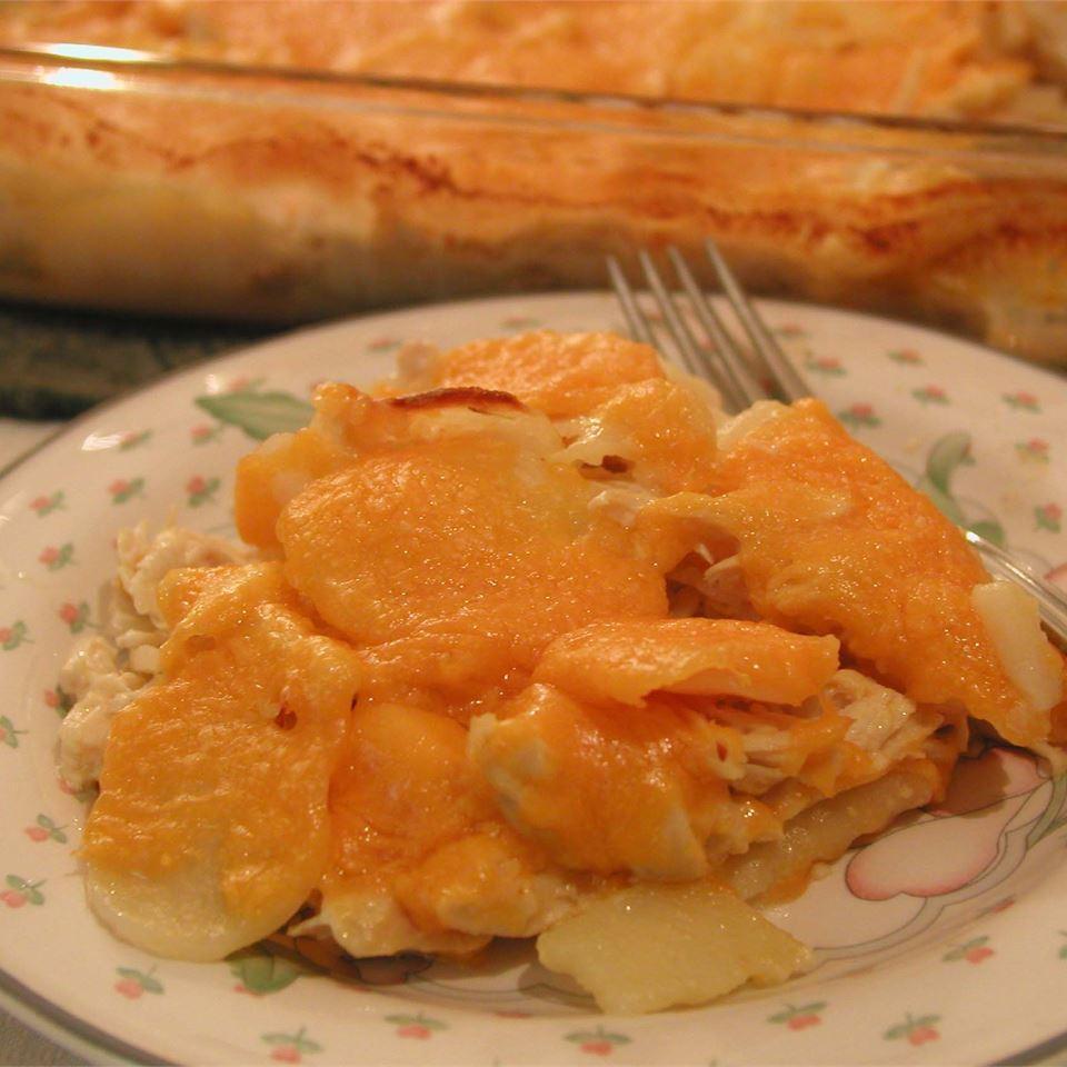 Cheesy Chicken and Potato Casserole Trish