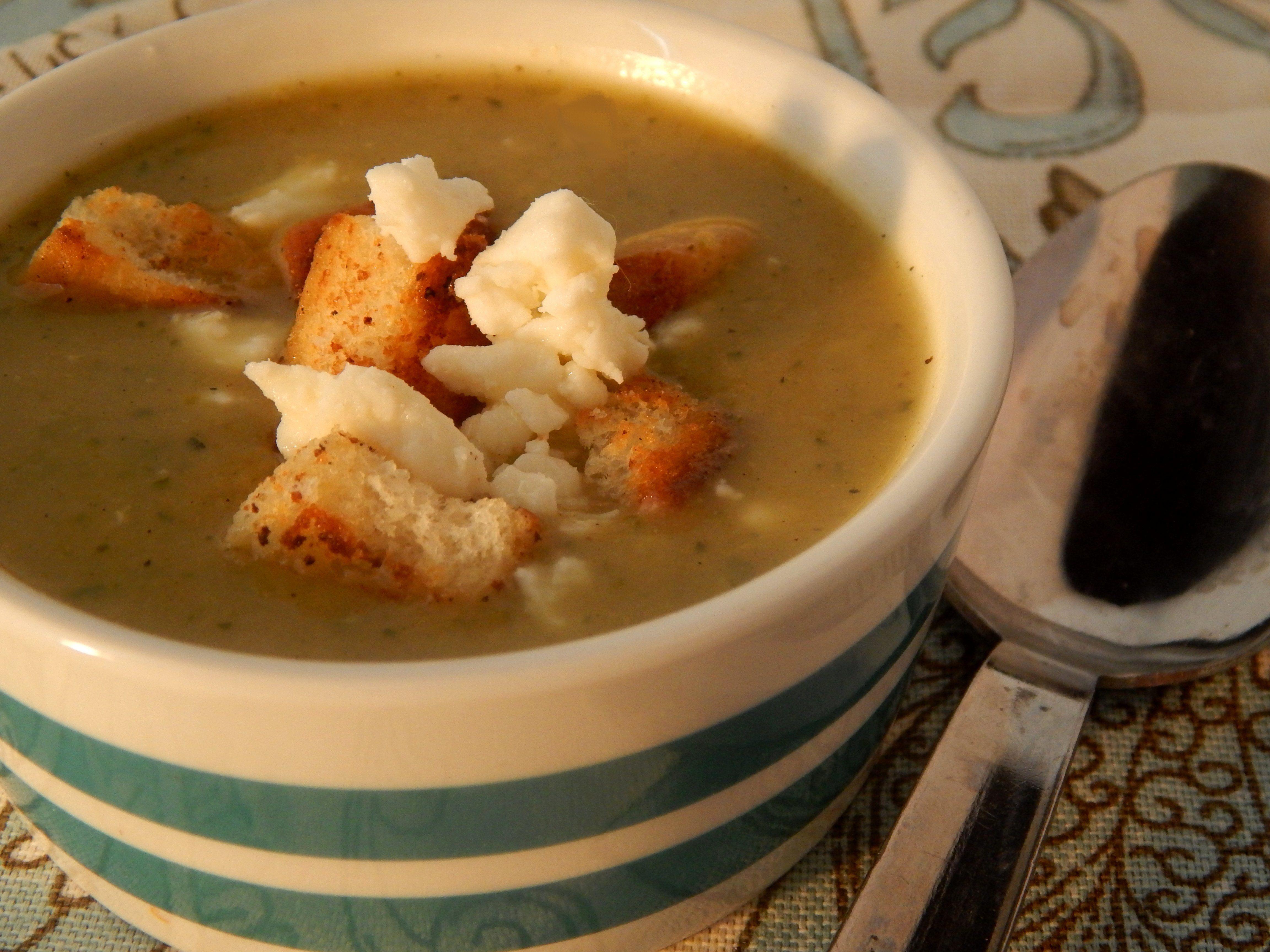 Chilled Zucchini-Leek Soup