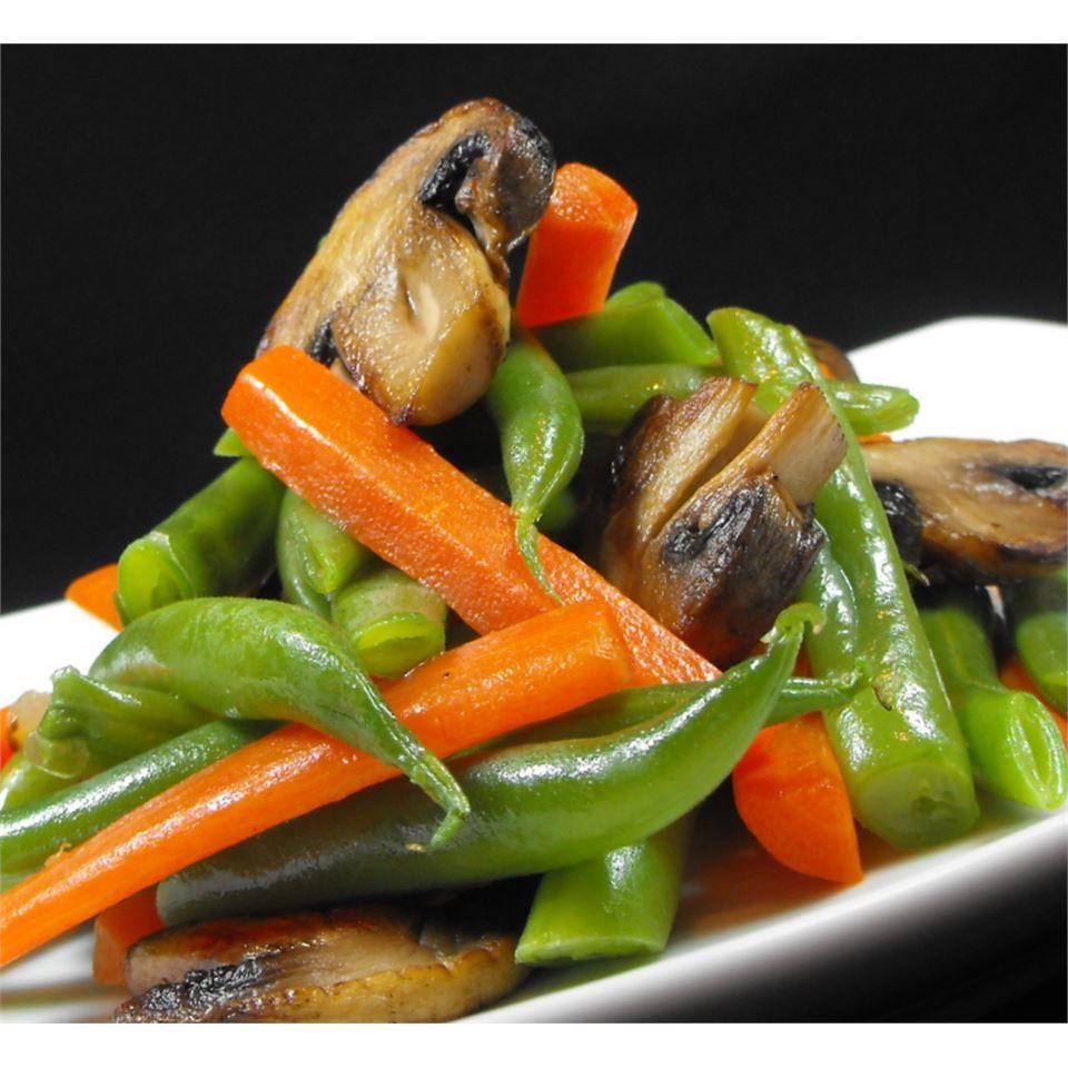 Green Bean and Mushroom Medley bellepepper