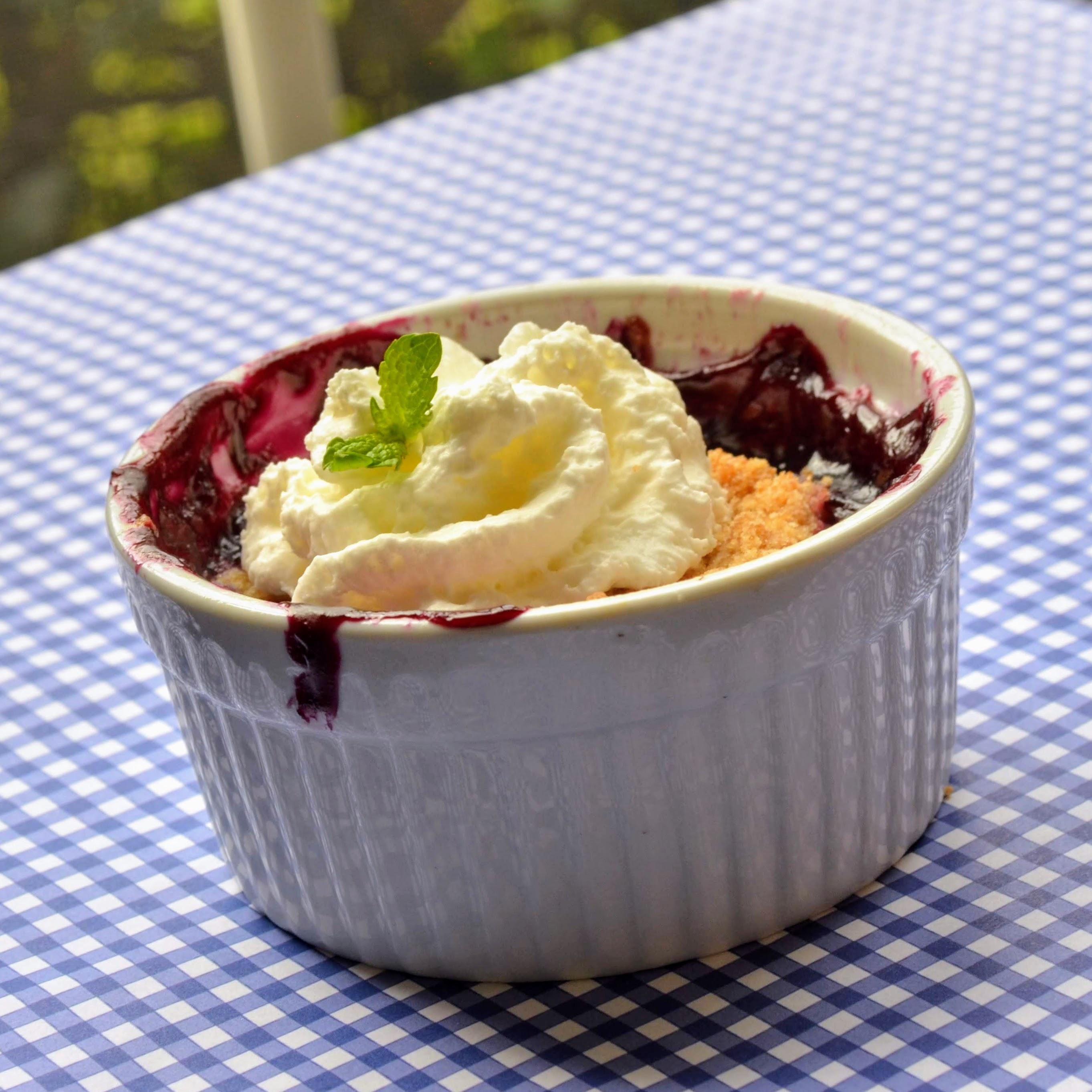 Classic American Blueberry Crisp
