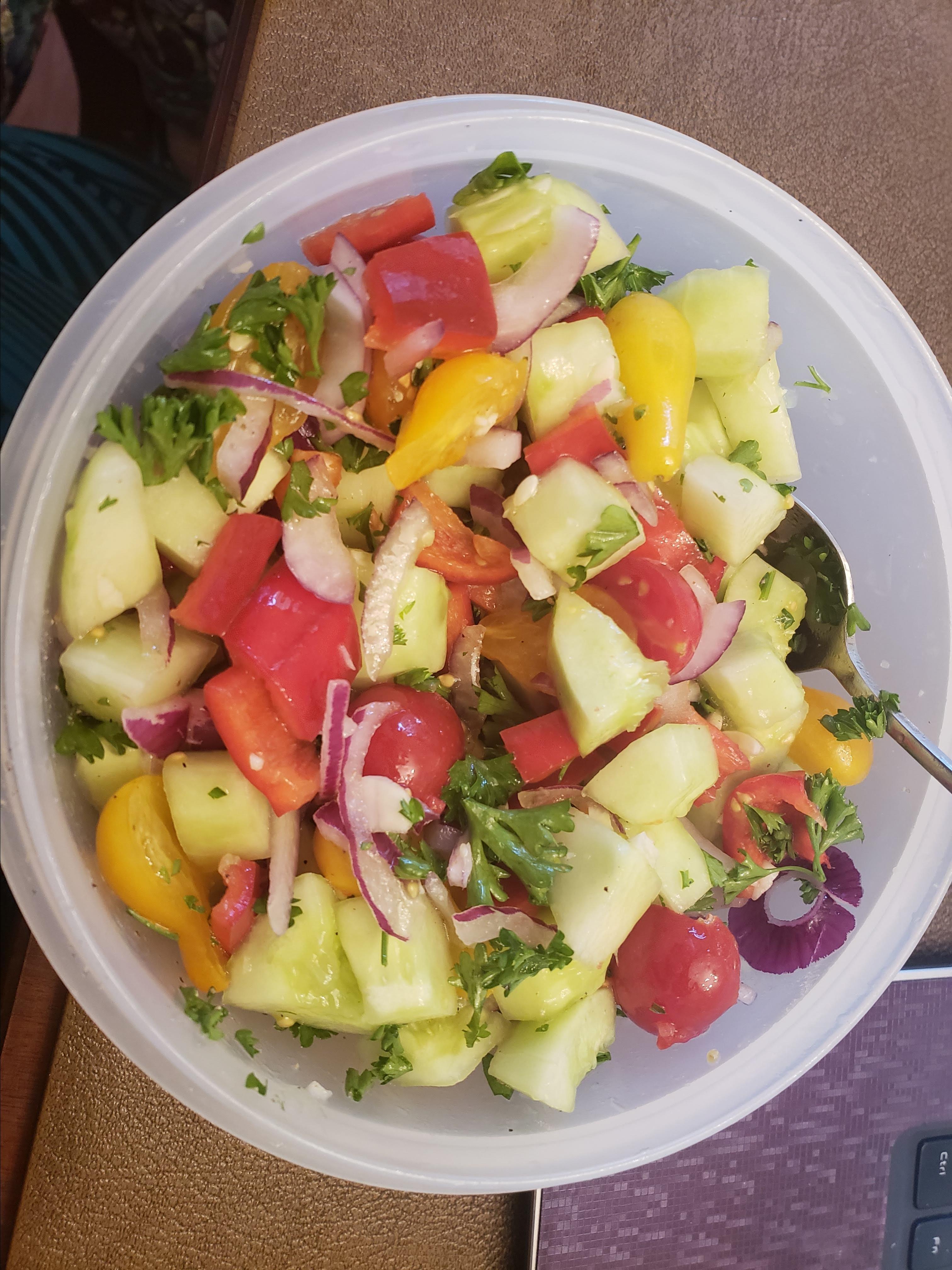 Israeli Tomato and Cucumber Salad spaz
