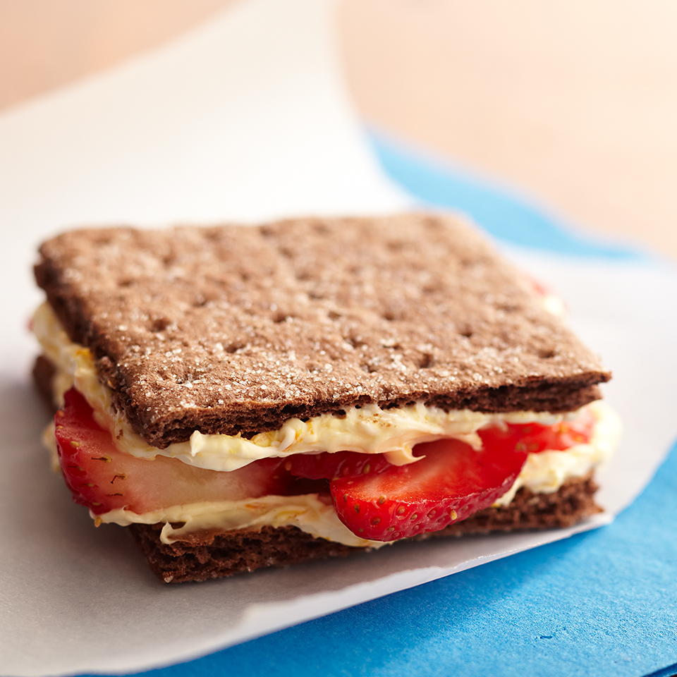 Strawberry-Chocolate Graham Sandwich Diabetic Living Magazine