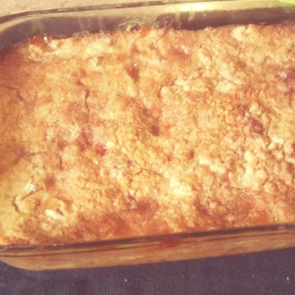 Apple Pie Cake-Mix Cake Daquais Janee Johnson