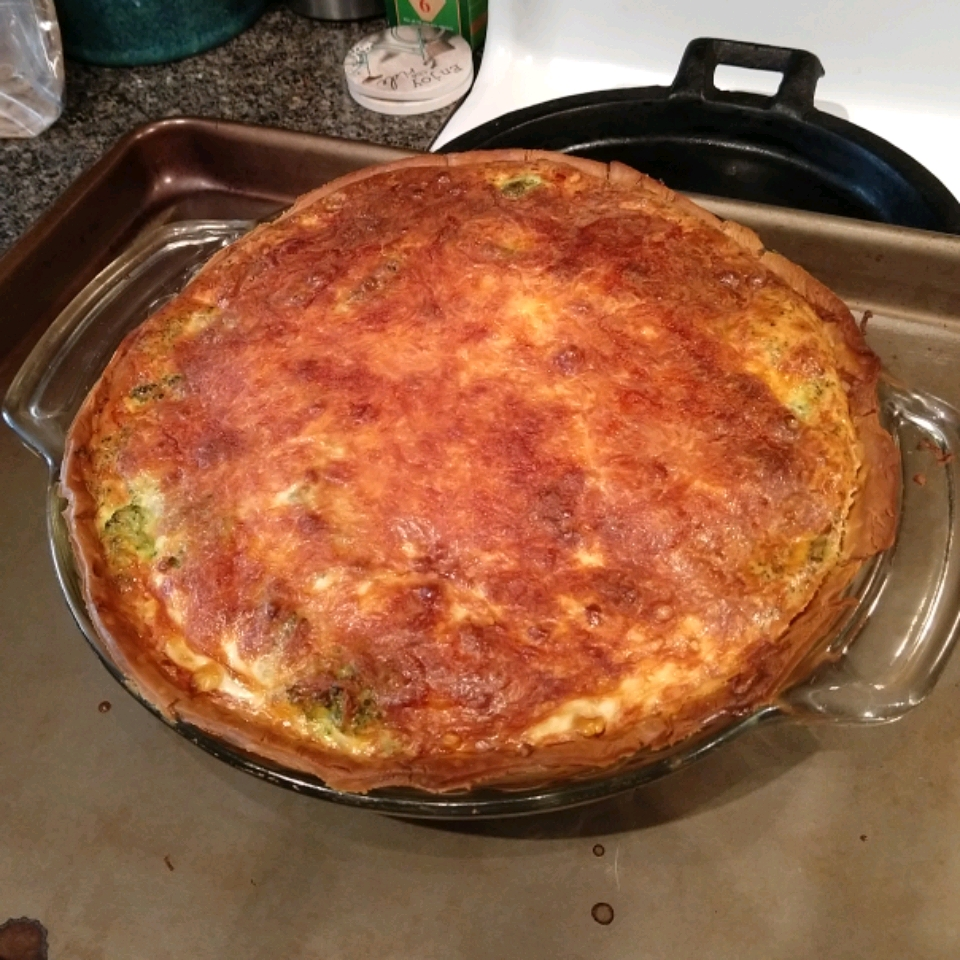 Smoked Salmon Quiche jimmiegee