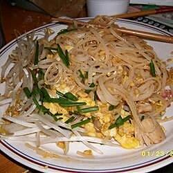 chicken pad thai with peanut sauce recipe