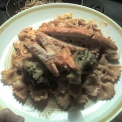 Creamy Bow-Tie Pasta with Chicken and Broccoli JessMariePinup