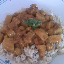 Easy Chickpea Curry Lady at the Stove