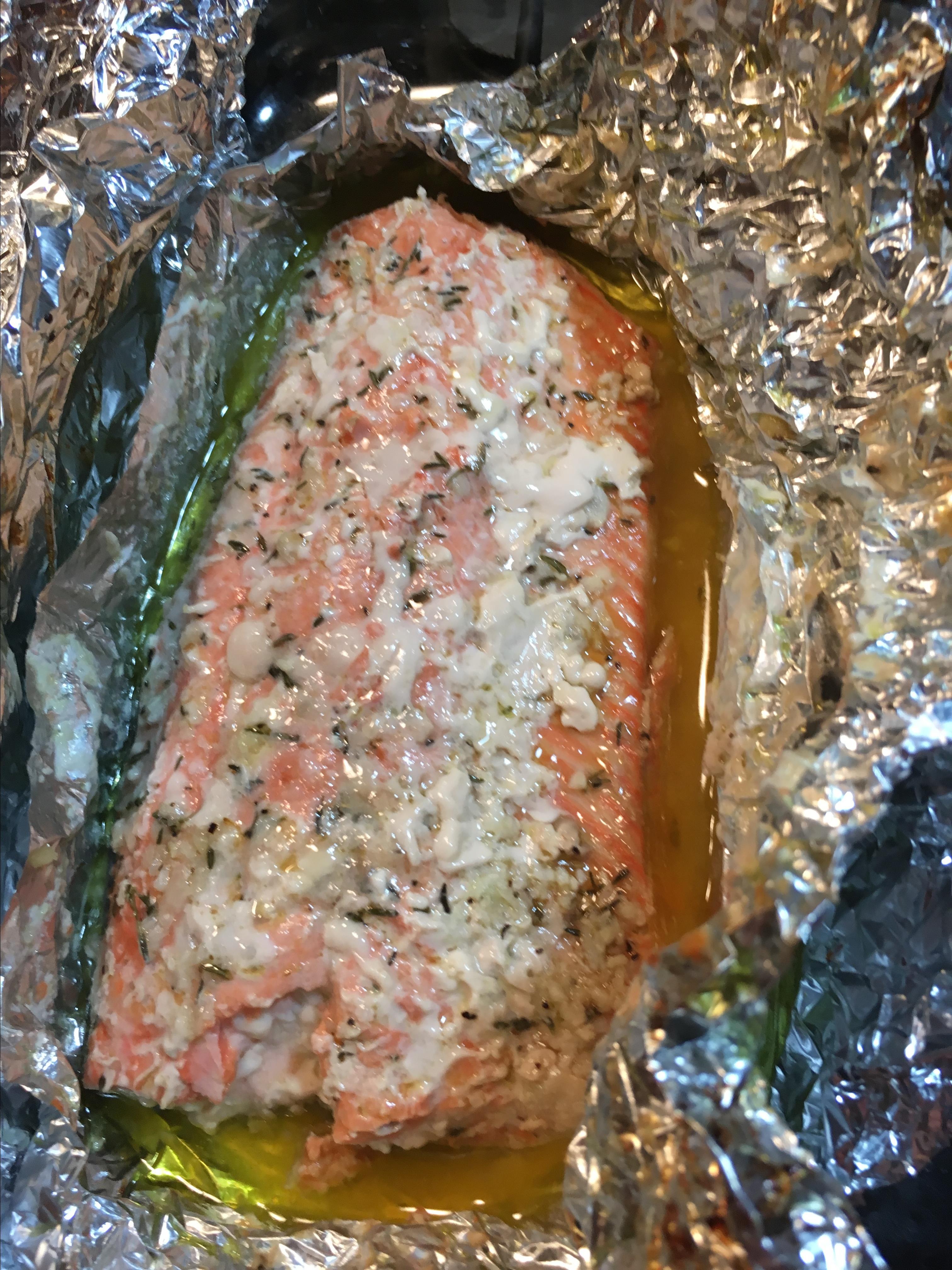 Baked Salmon in Foil Lena