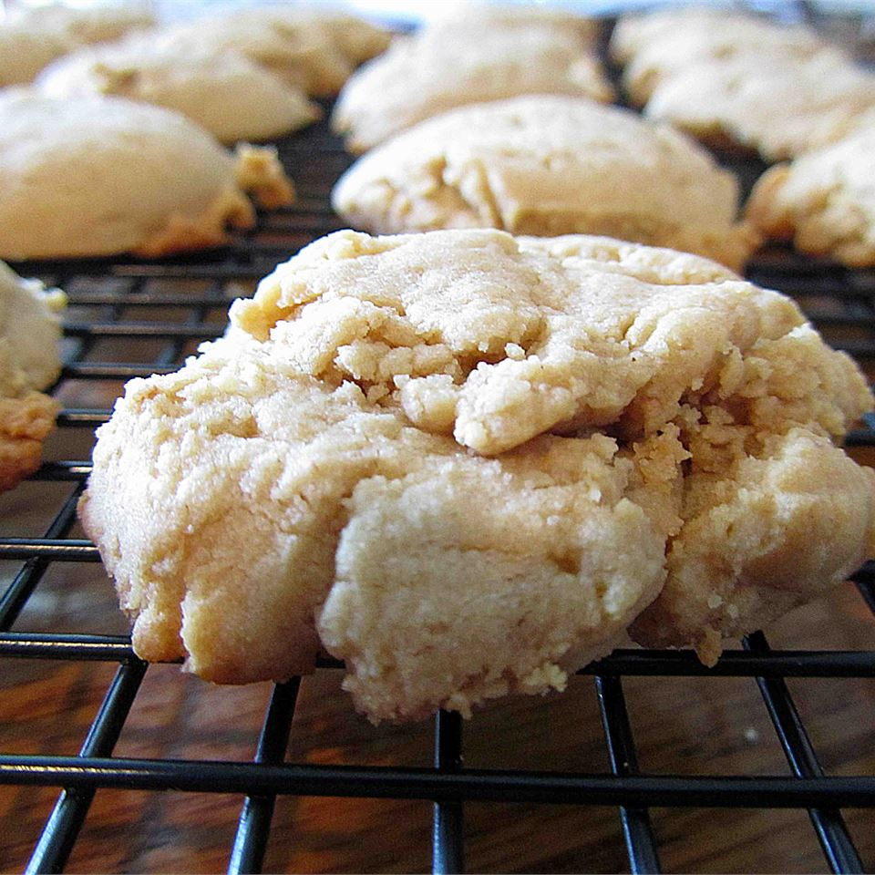 Soft Peanut Butter Cookies Linda