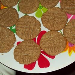 Really Basic Peanut Butter Cookies SHARYL4