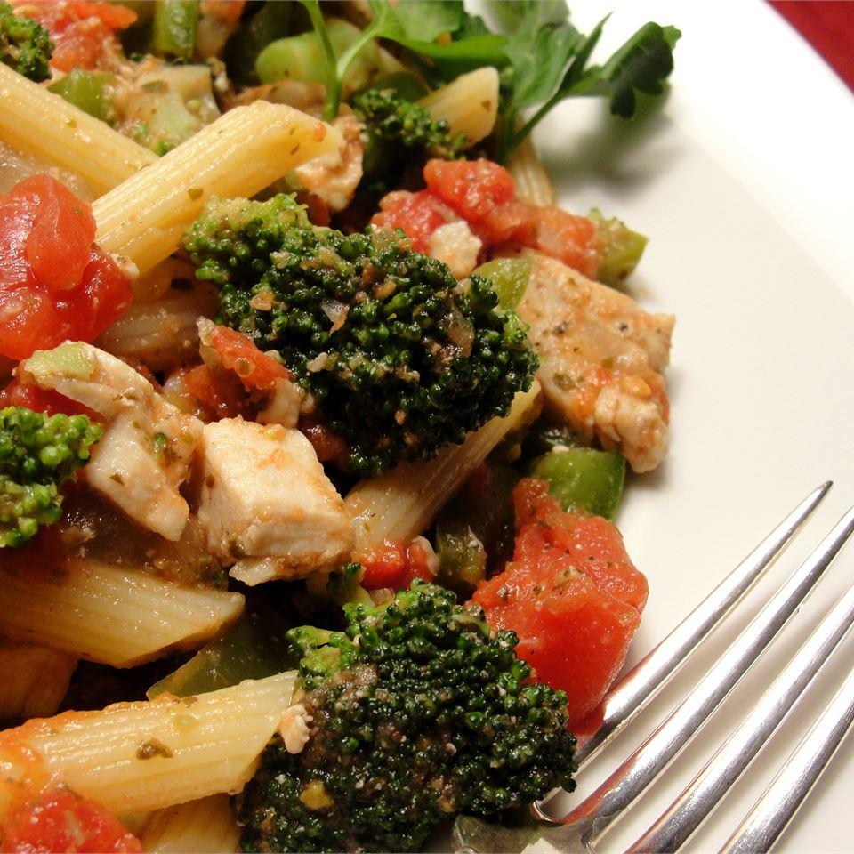 Pasta, Broccoli and Chicken Joanne
