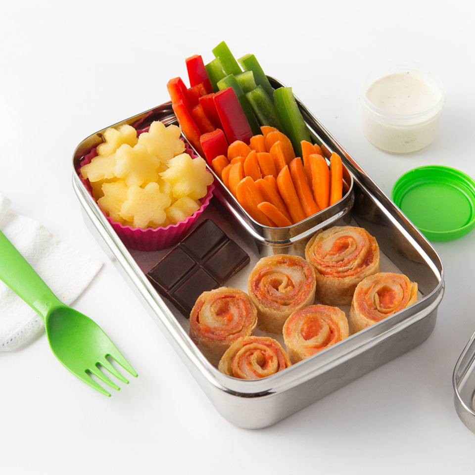 Kids love pizza and this bento box lunch gives them all the familiar pizza flavors they love, along with a serving of colorful, healthy vegetables and a fruit dessert. Plus, this healthy lunch is a breeze to pack up! Source: EatingWell.com, September 2018