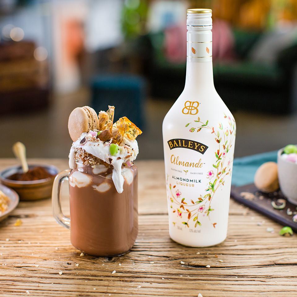Baileys Almande Dairy-free Almondiest Hot Chocolate