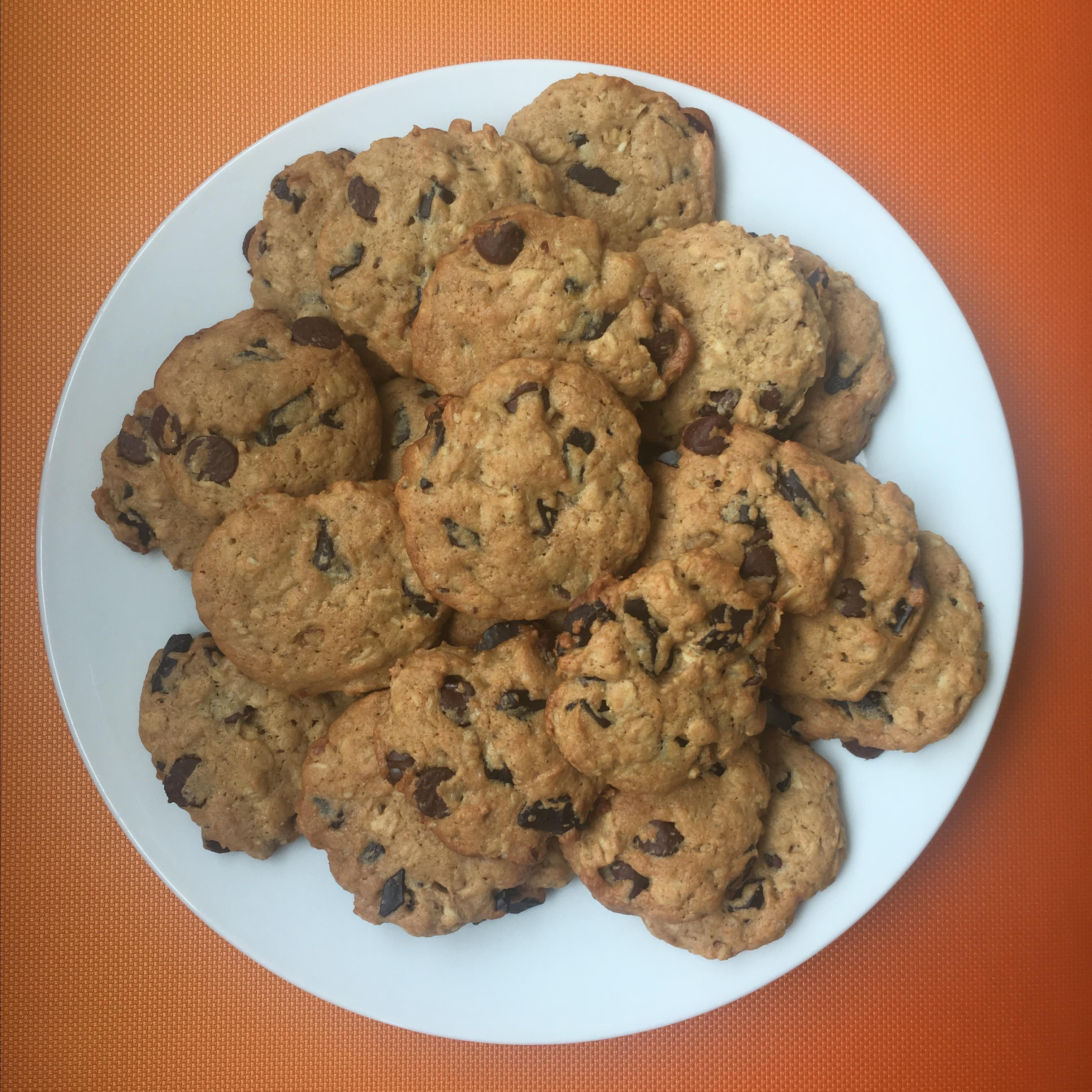 Chocolate Chip Banana Cookies ishabellaboo