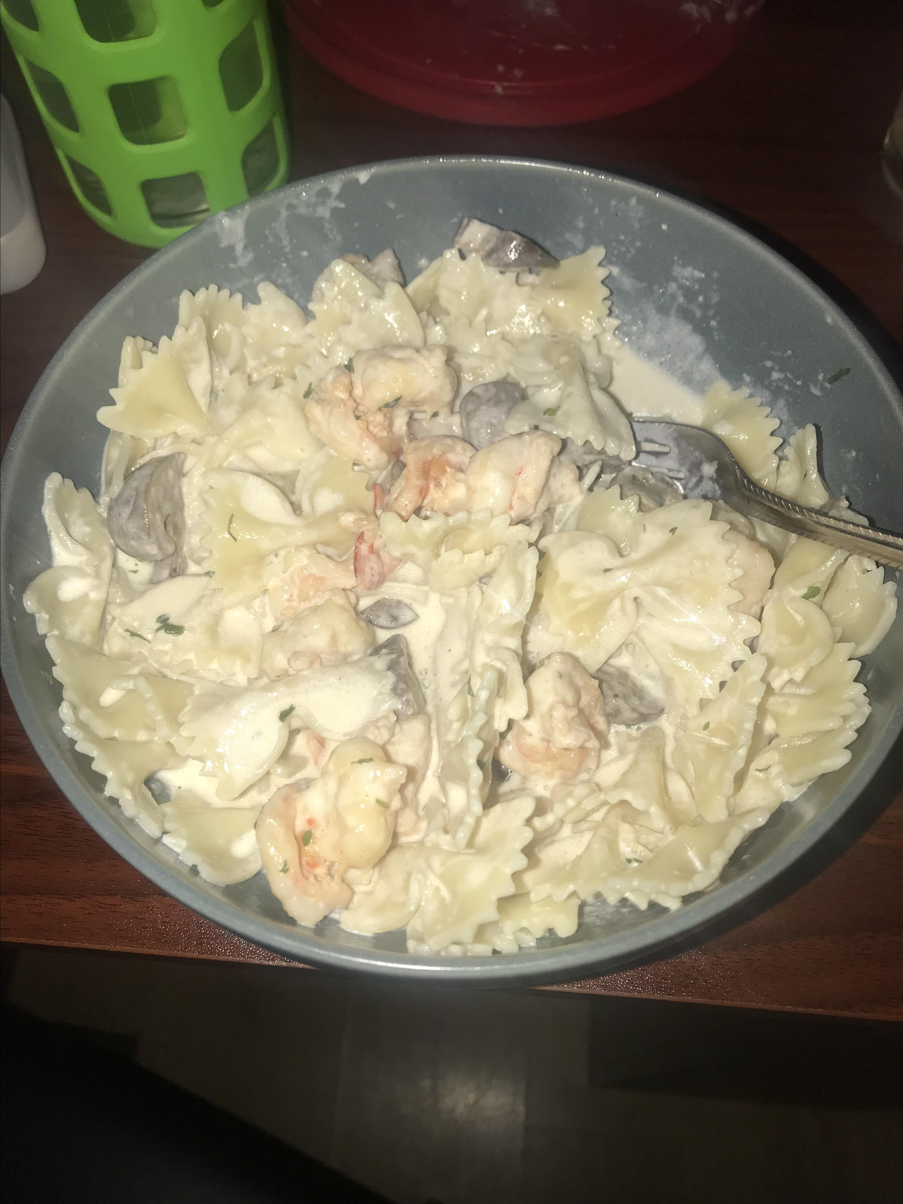 Scim's Fettucine Alfredo with Shrimp