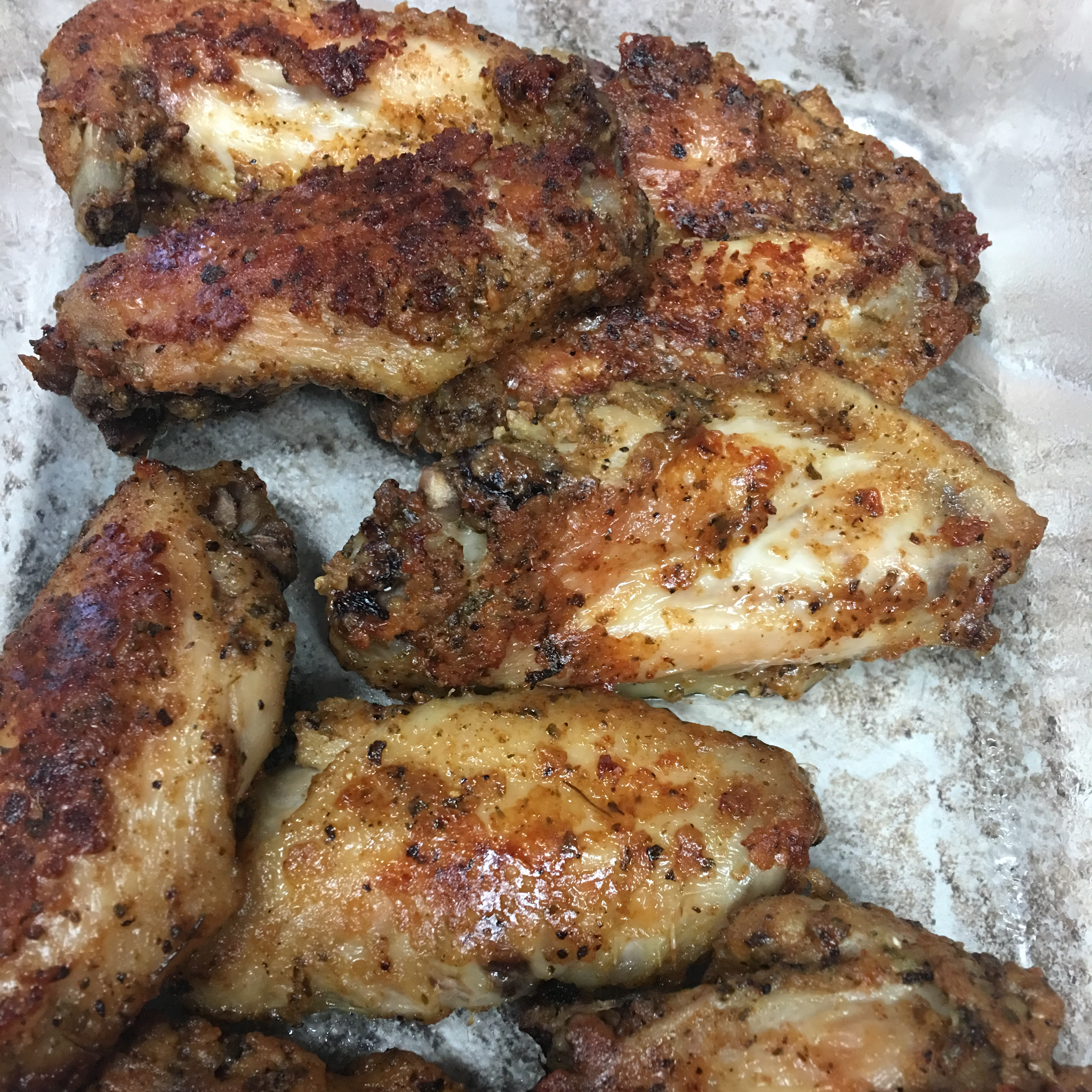 Awesome Crispy Baked Chicken Wings maria i