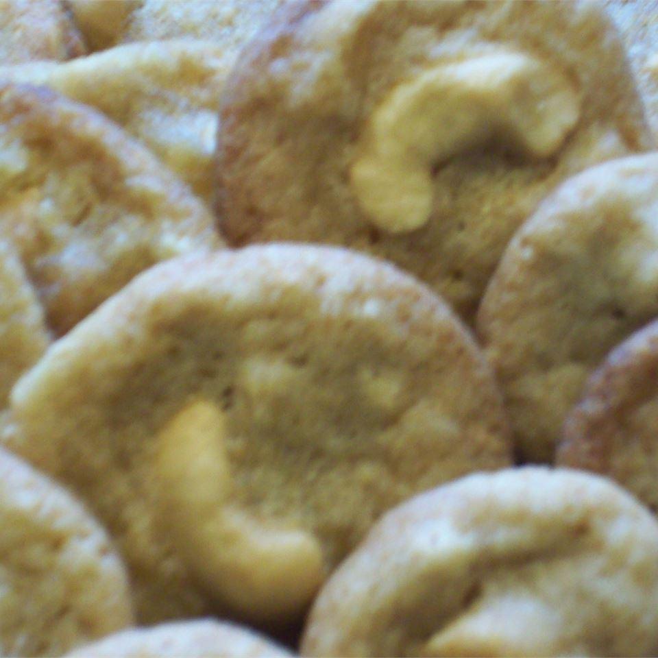 Cashew Snaps CookinBug