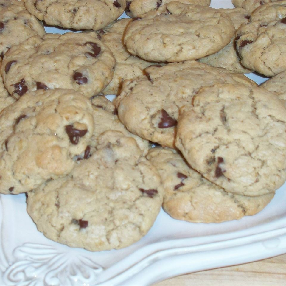 Hillary Clinton's Chocolate Chip Cookies Anne C.