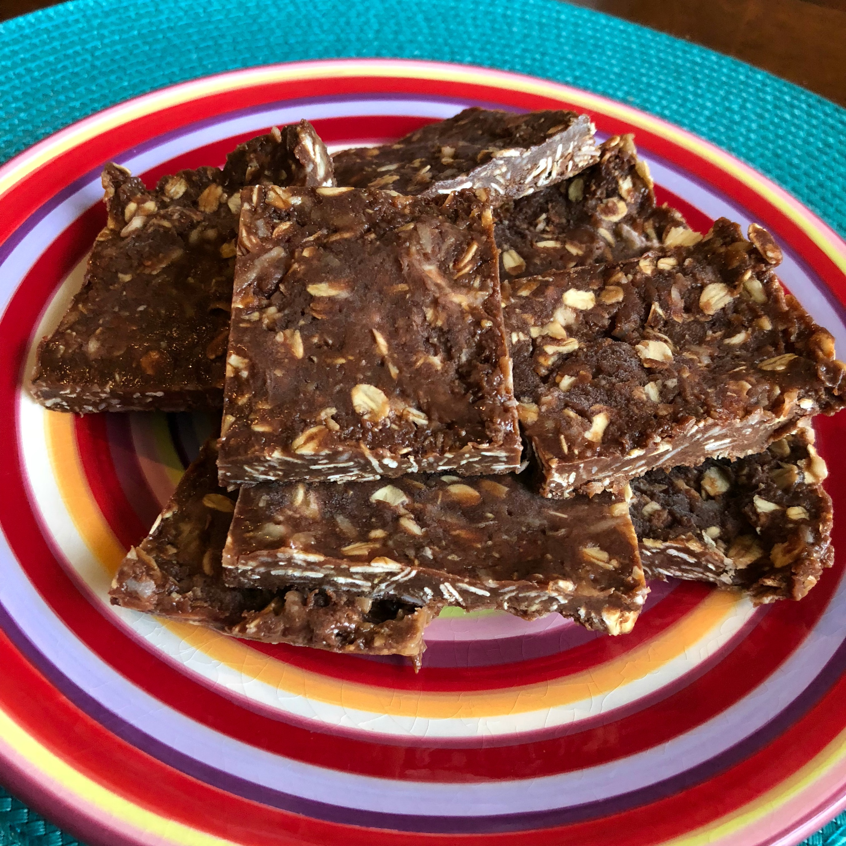 Soft and Chewy Chocolate-Banana Oat Bars