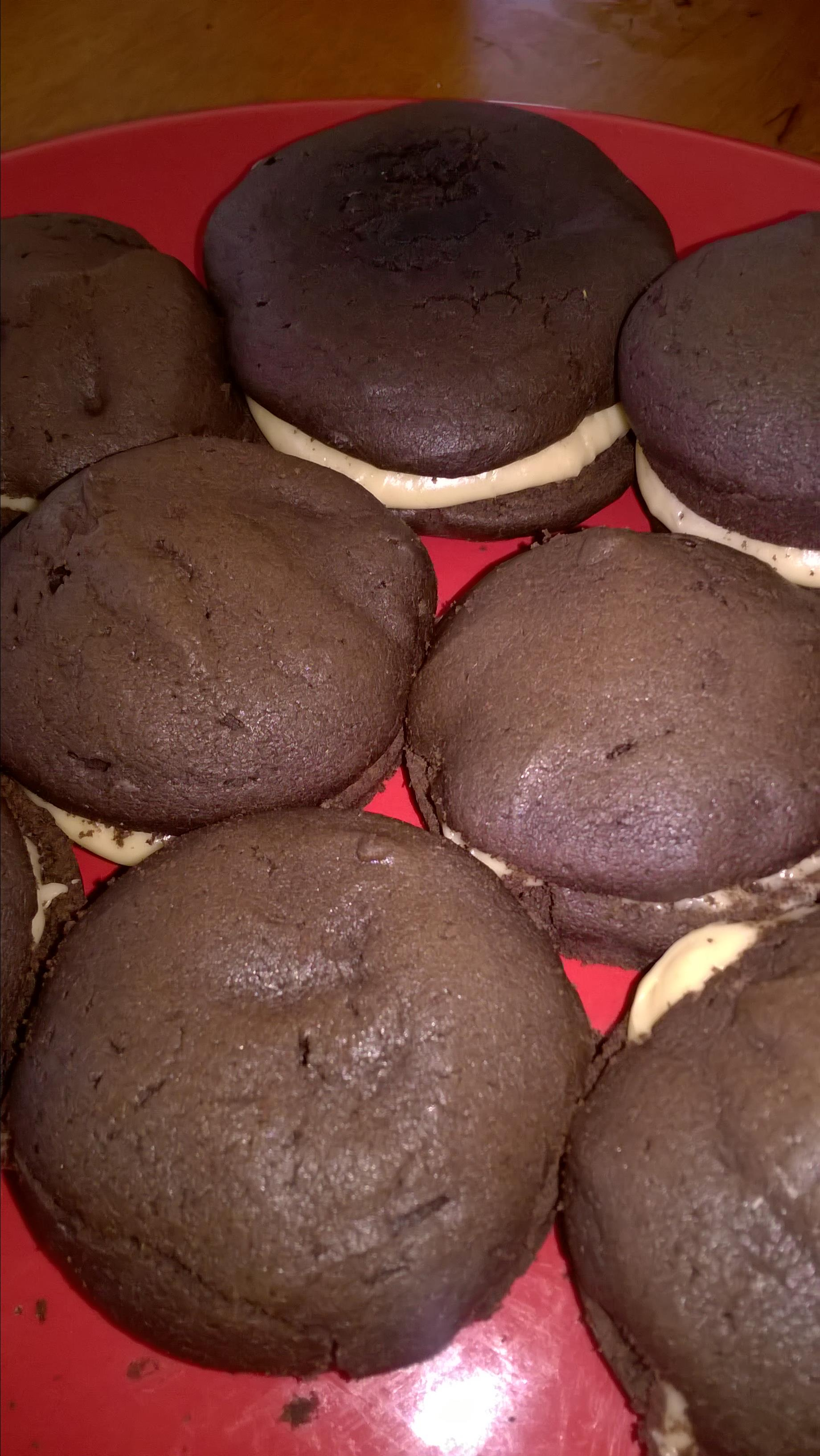 Stef's Whoopie Pies with Peanut Butter Frosting faby styles
