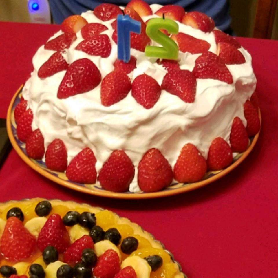 White Chocolate Chip Strawberry Cake Tabatha Gonzalez
