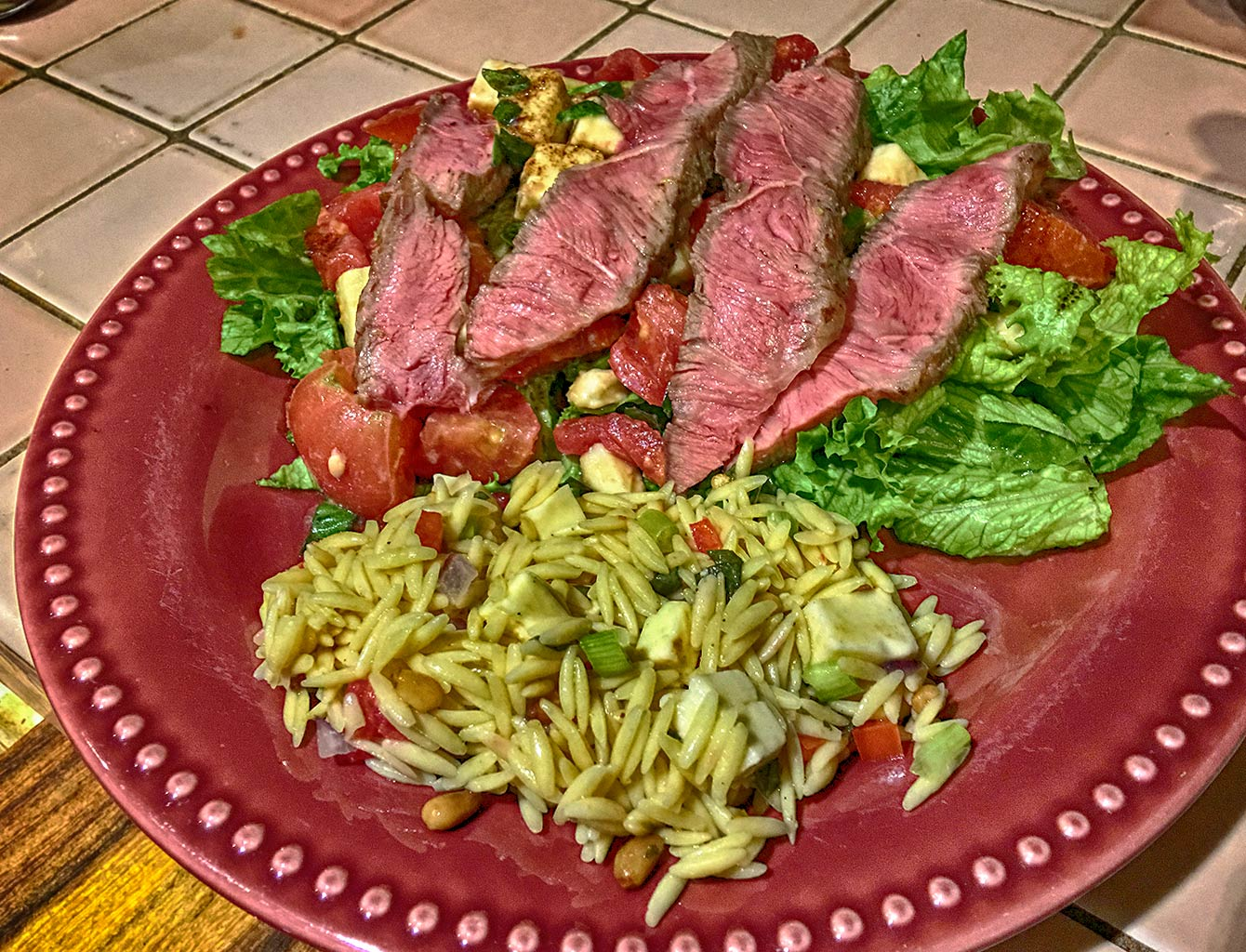 Caprese Salad with Grilled Flank Steak robgraphics