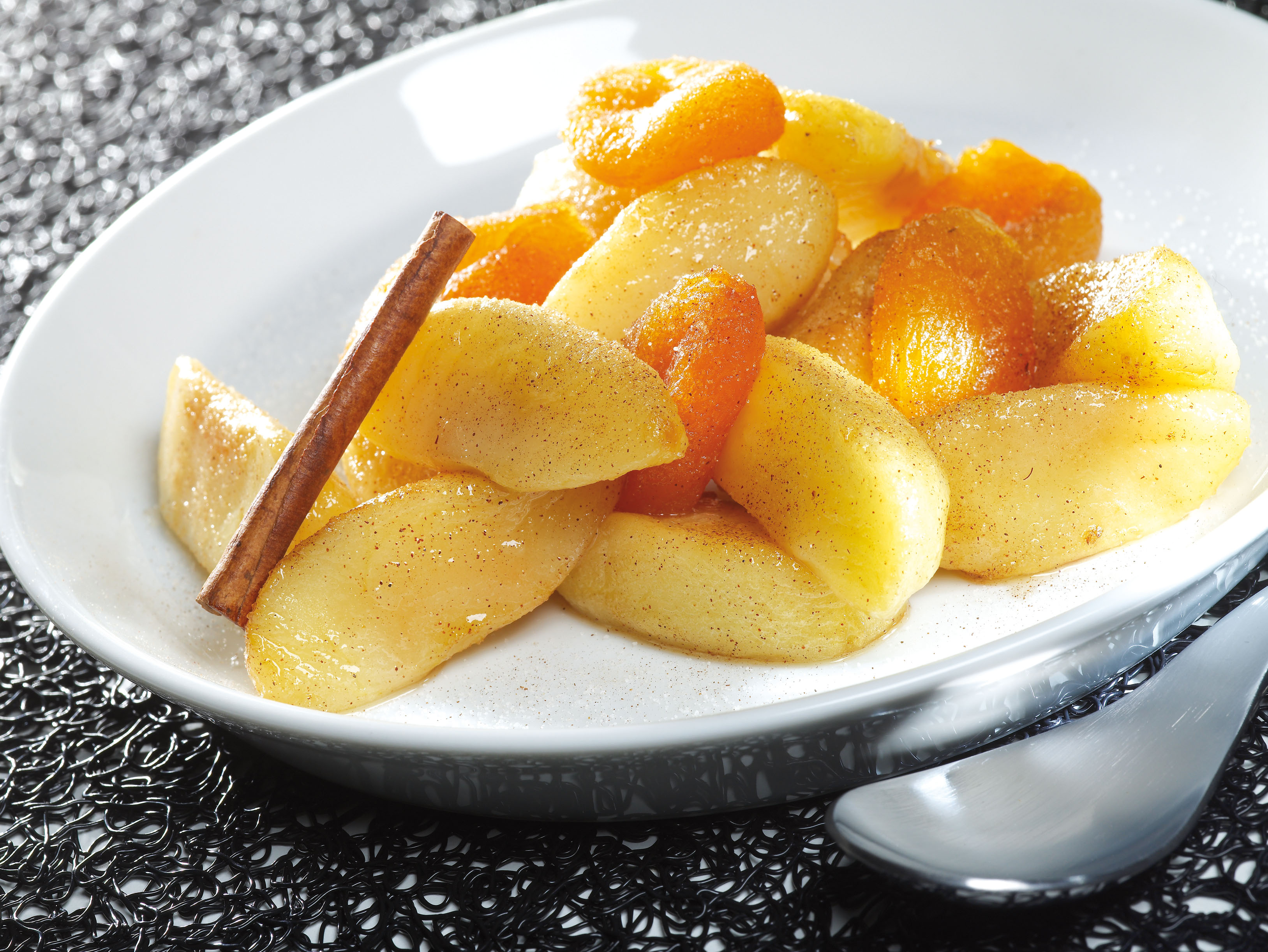 ActiFried Apples with Apricots and Almonds