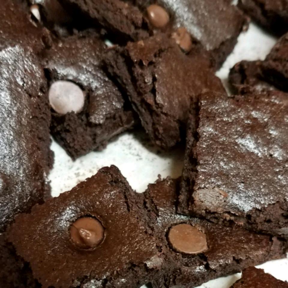 Brownie Crisp ainsley