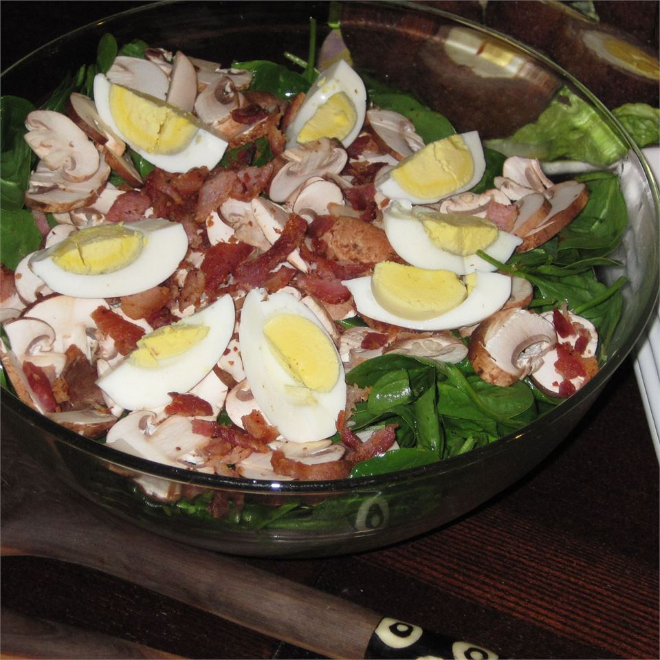 Spinach and Mushroom Salad Kim G