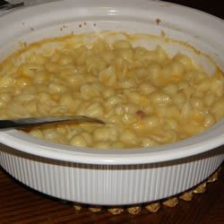 Simple Mac and Cheese Amybeth1977