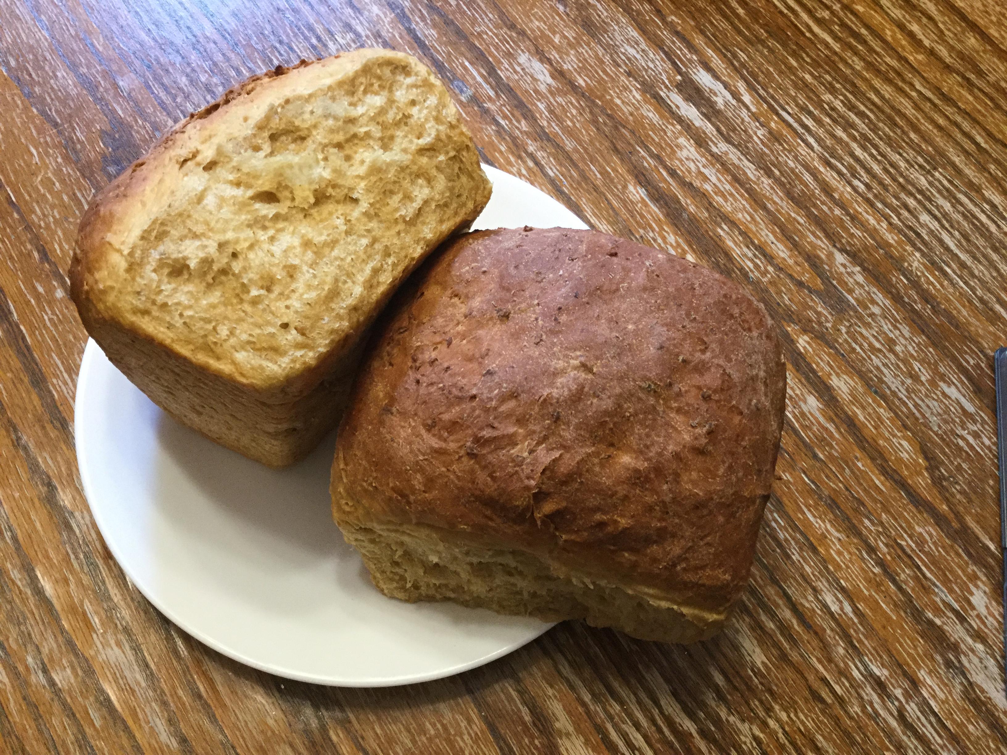 Old-Fashioned Porridge and Molasses Bread manella