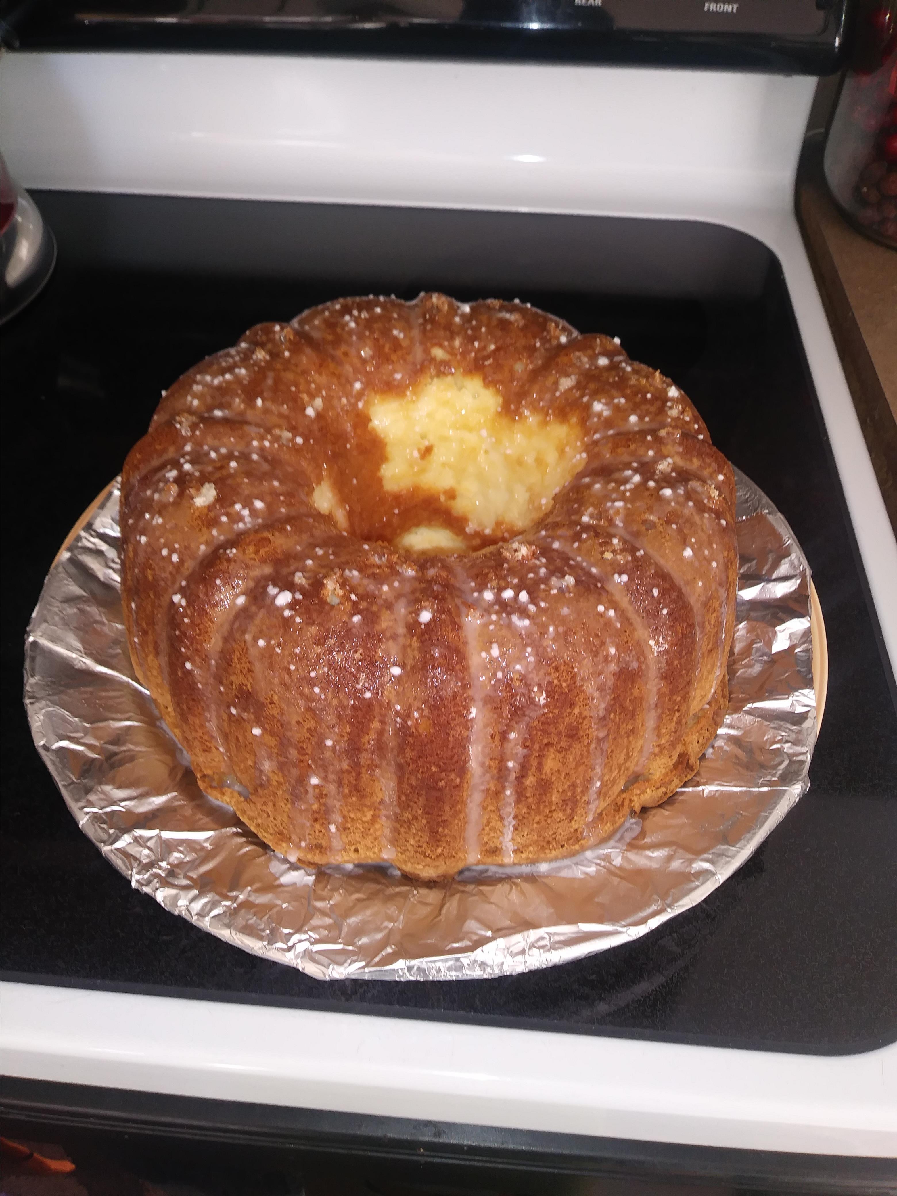 Cream Cheese Pound Cake I kandikisses