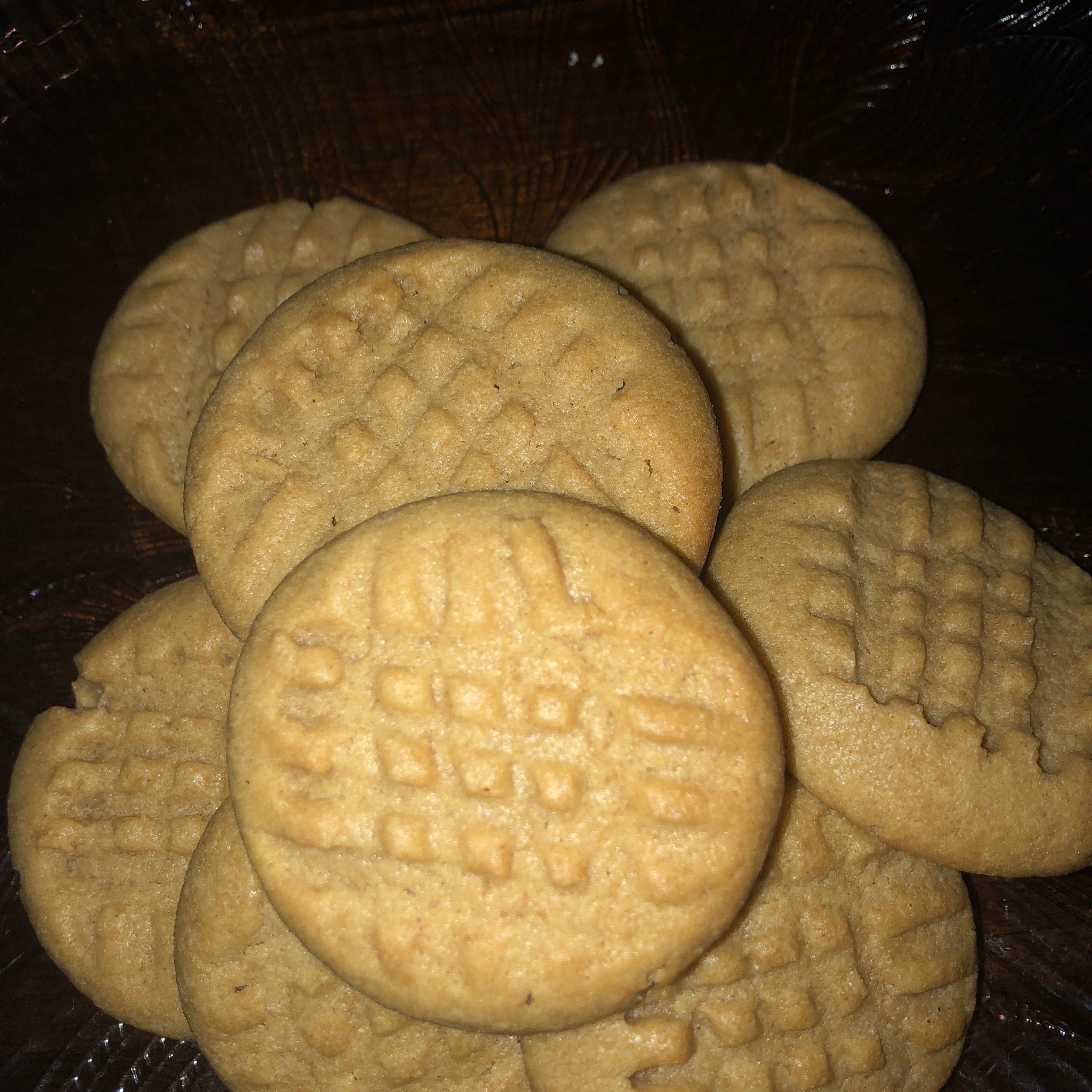 Moist and Chewy Peanut Butter Cookies Tamara Robinson