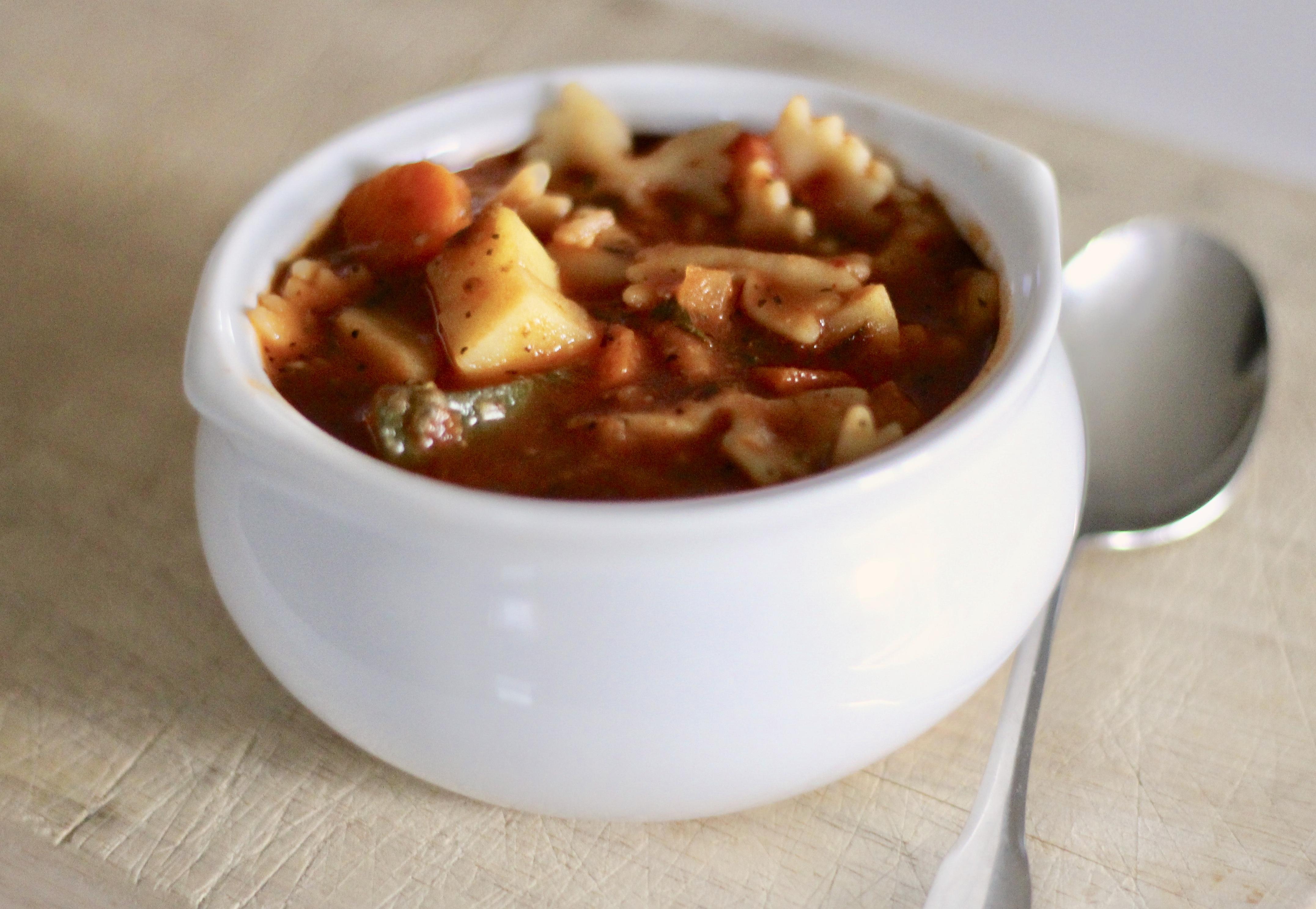 Easy Minestrone Soup SunnyDaysNora