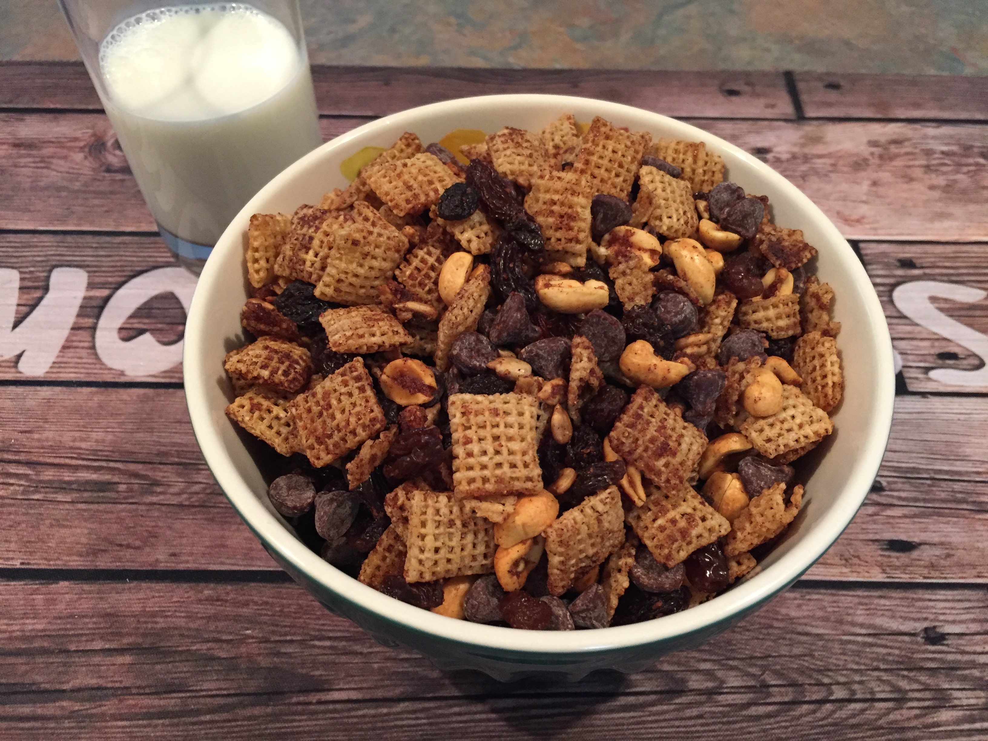 Gluten-Free Chex® Mix with Cinnamon and Pumpkin Spice