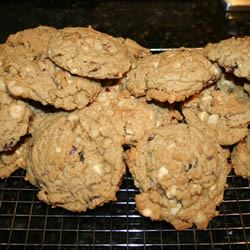 White Chocolate-Macadamia Nut Oatmeal Cookies Albertacf