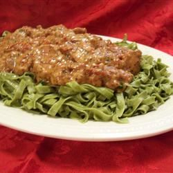 Chicken with Sun-Dried Tomato and Roasted Pepper Cream Sauce Rae