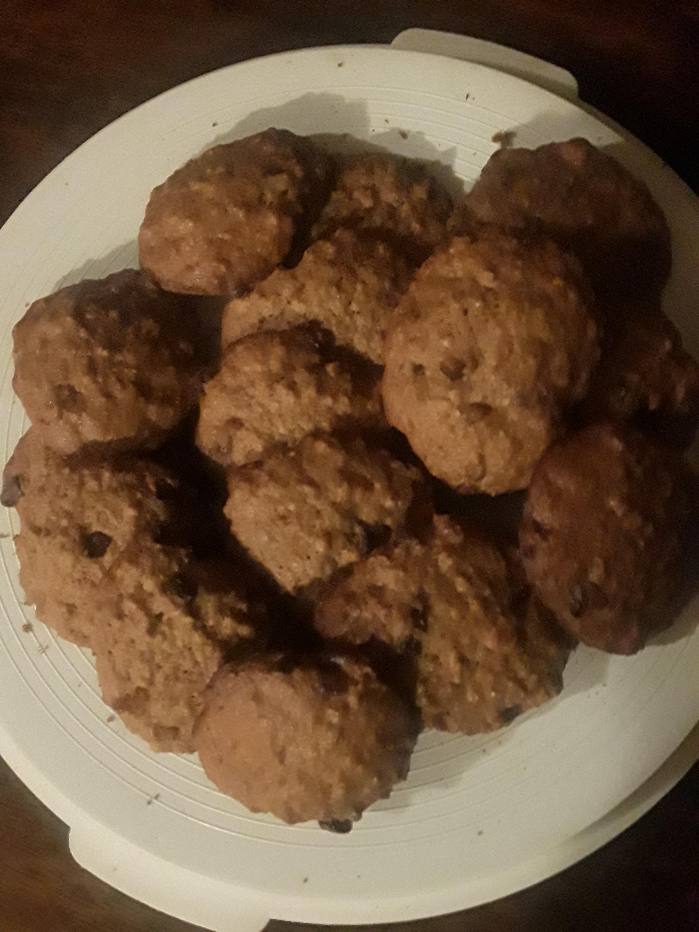 Mom's Raisin Oatmeal Cookies