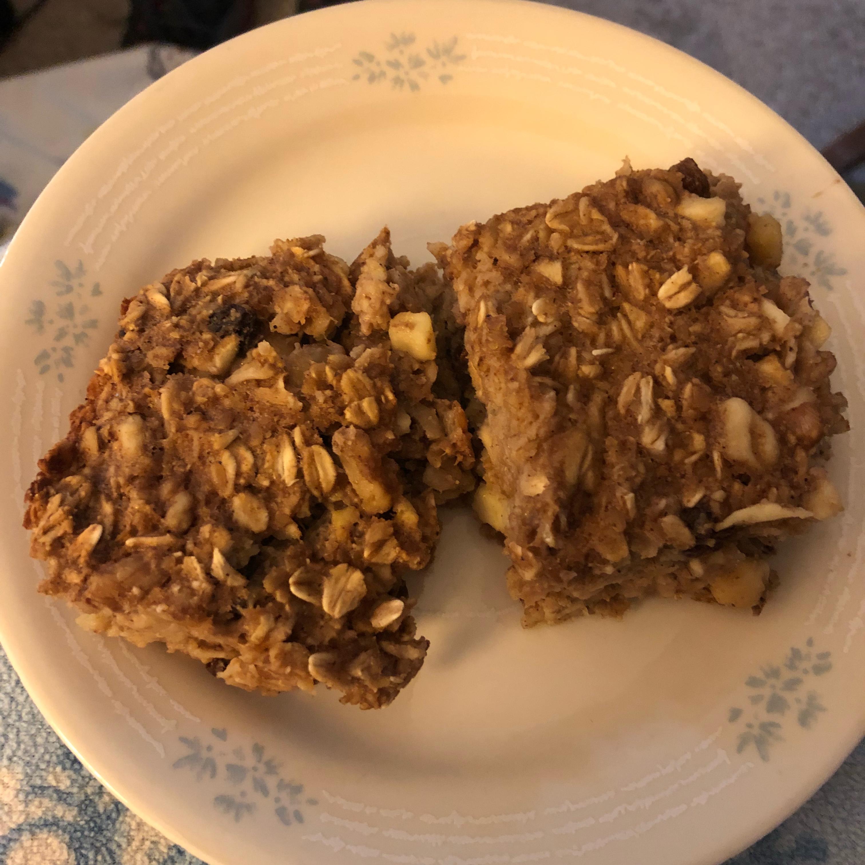 Healthy Apple Spice Baked Oatmeal