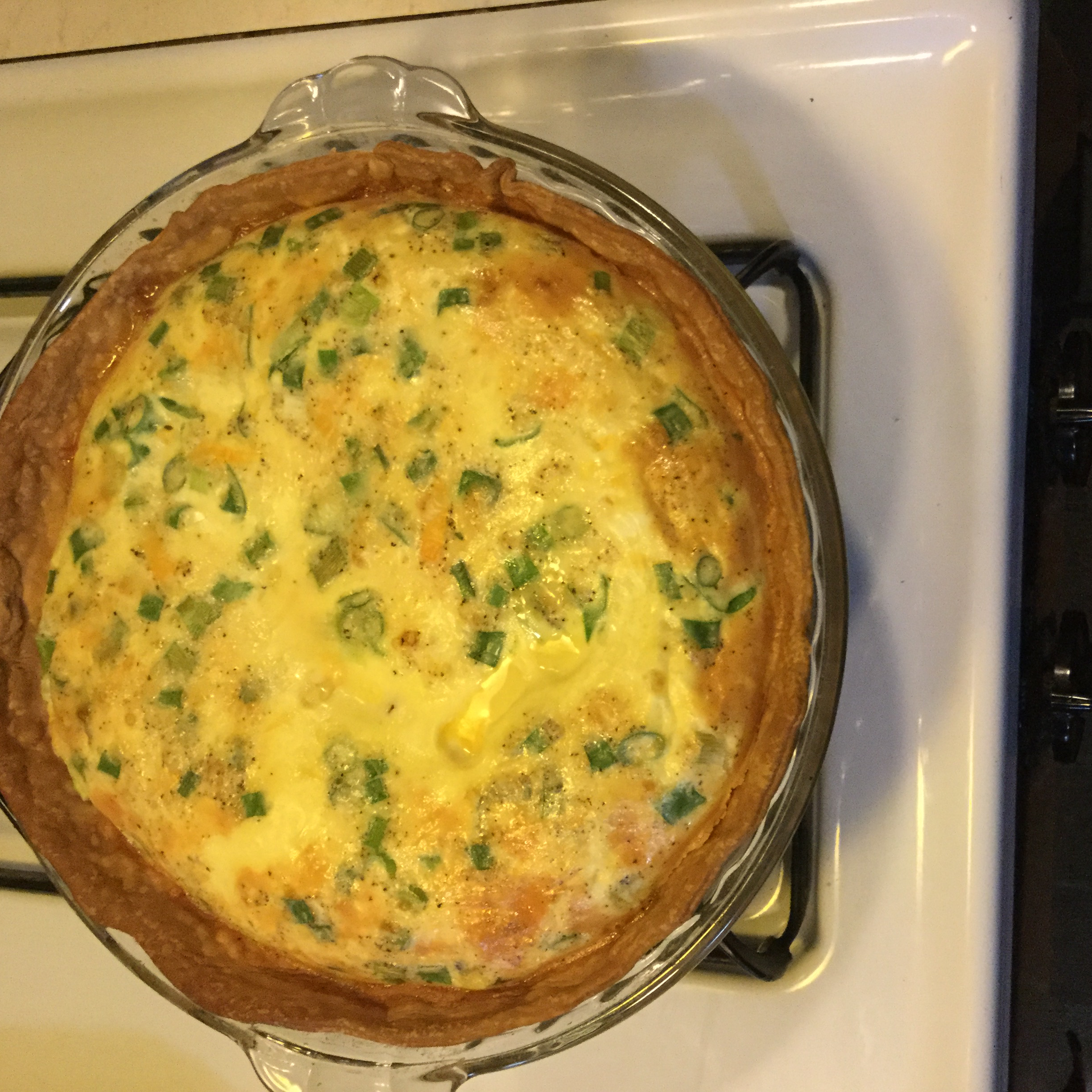 Creamy Ham and Cheese Quiche Grace