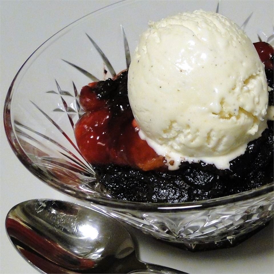 Unbelievably Easy Slow Cooker Black Forest Cake