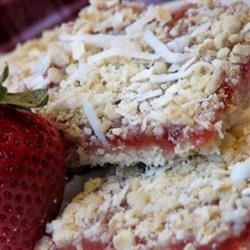 Strawberry Oatmeal Bars with Coconut mominml