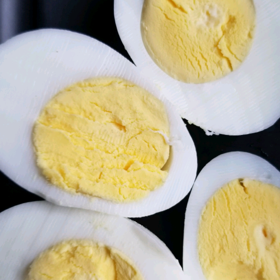 Ken's Perfect Hard Boiled Egg (And I Mean Perfect)