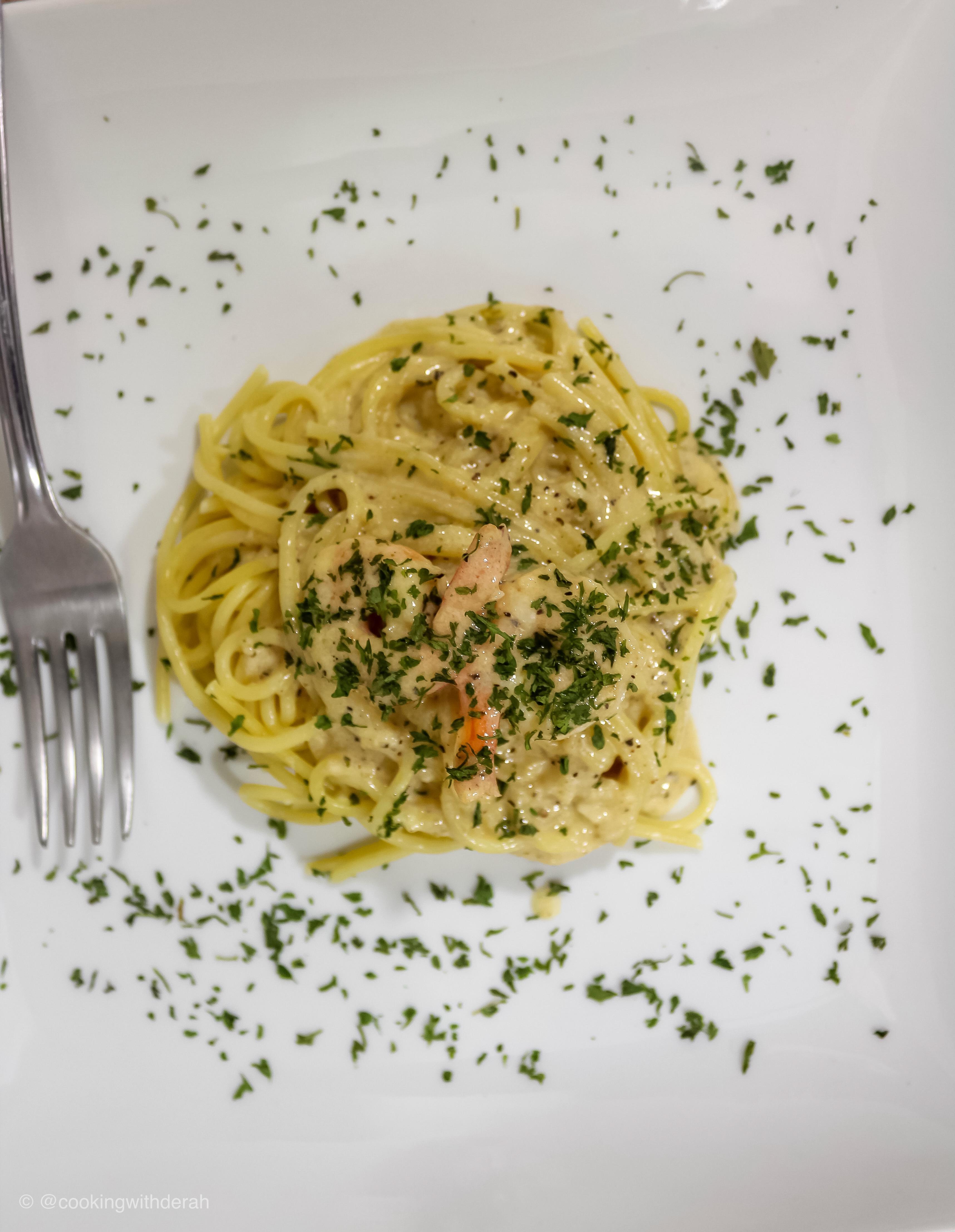 Better-Than-Olive Garden® Alfredo Sauce Derah