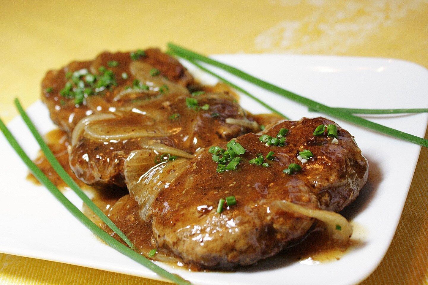 Hamburger Steak With Onions And Gravy Recipe Allrecipes