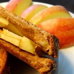 Grilled Peanut Butter Apple Sandwiches Rock_lobster